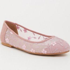 Torrid Blush Pink Mesh Floral Flat Size 12W